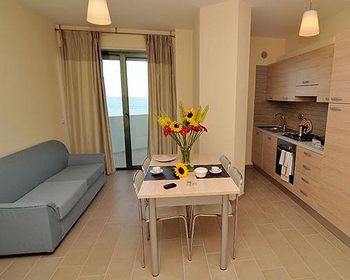 Residence vistamare appartamenti roseto degli abruzzi for Appartamenti moderni
